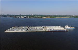 Real time video surveillance via Fleet Xpress is keeping cargoes and crews secure along the Paraná River - the artery for economic development that carries around 80% of Paraguay's trade (Photo: Inmarsat)